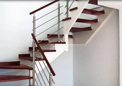 Escalera diseño mixta
