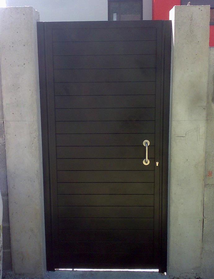 Puertas de paso hermanos l pez esquivel carpinter a met lica for Puertas de paso metalicas